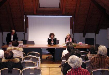 Poesia: Premio Adriana Martino